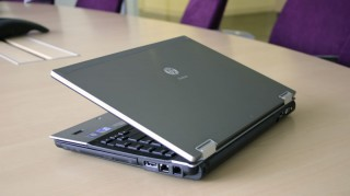 Laptop HP Elitebook 8440P I3 330M